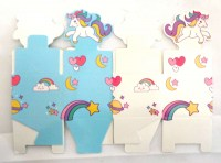 51351465 GIFT BOX UNICORN RIBBON 5X5X4CM 12PC PK R64