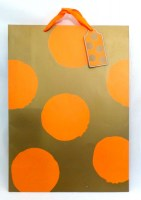 51812379 GIFT BAG BIG DOT 41X32X12CM EACH R22