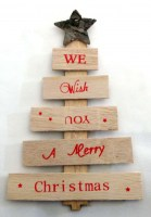 52003394 WOODEN TREE WE WISH YOU A MERRY H22CM R42