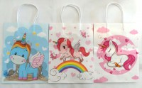 67608973 GIFT BAG PAPER UNICORN 21X27X11CM EACH R10